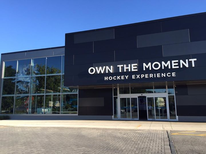 Bauer Hockey - Own the moment store