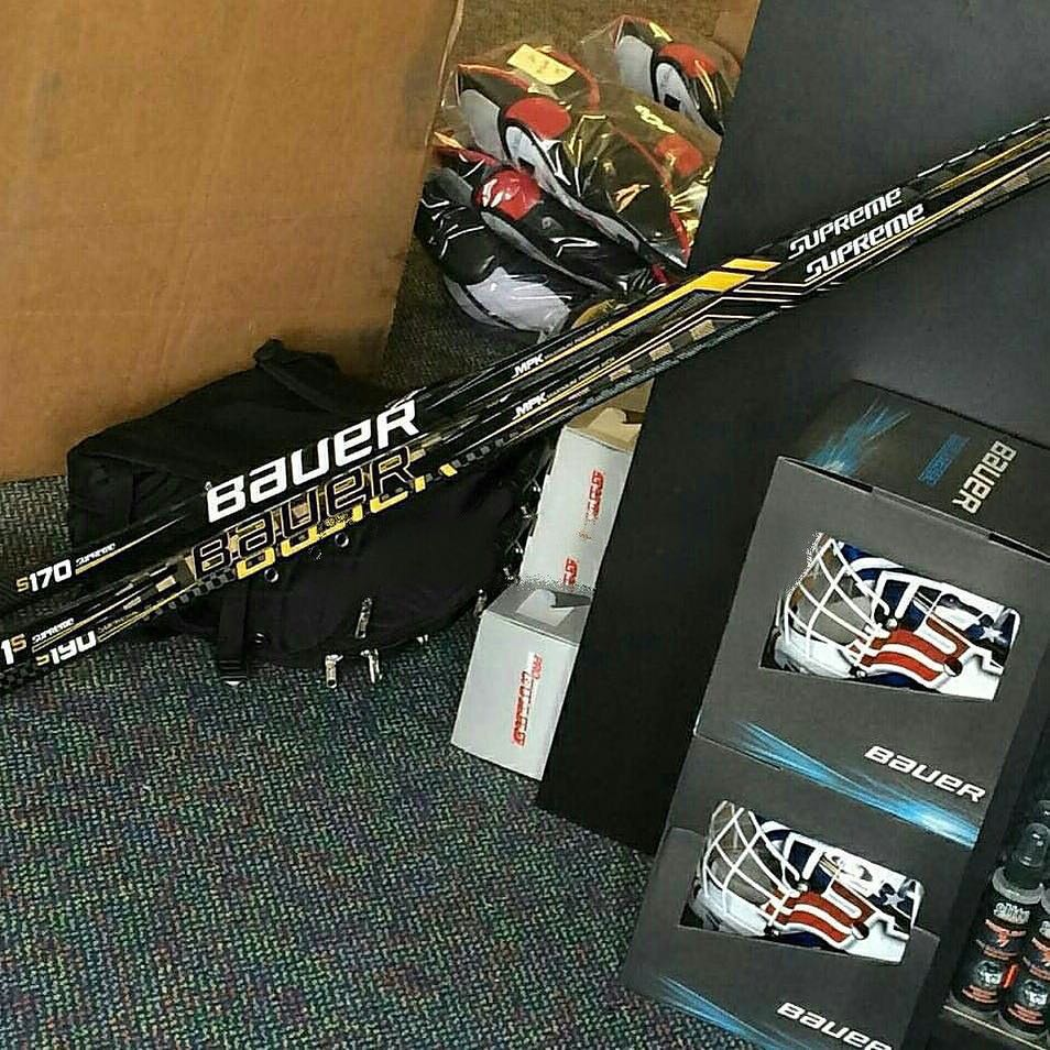 Bauer Supreme 1S Hockey Stick 3